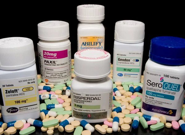 Some of the widely prescriped anti psychotic drugs