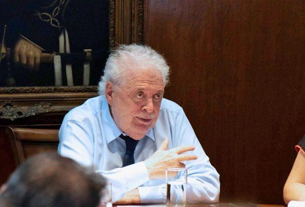 Argentinian Health Minister Gonzalez Garcia 1