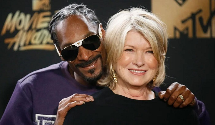 Martha Stewart looking quite please with Snoop Dogg